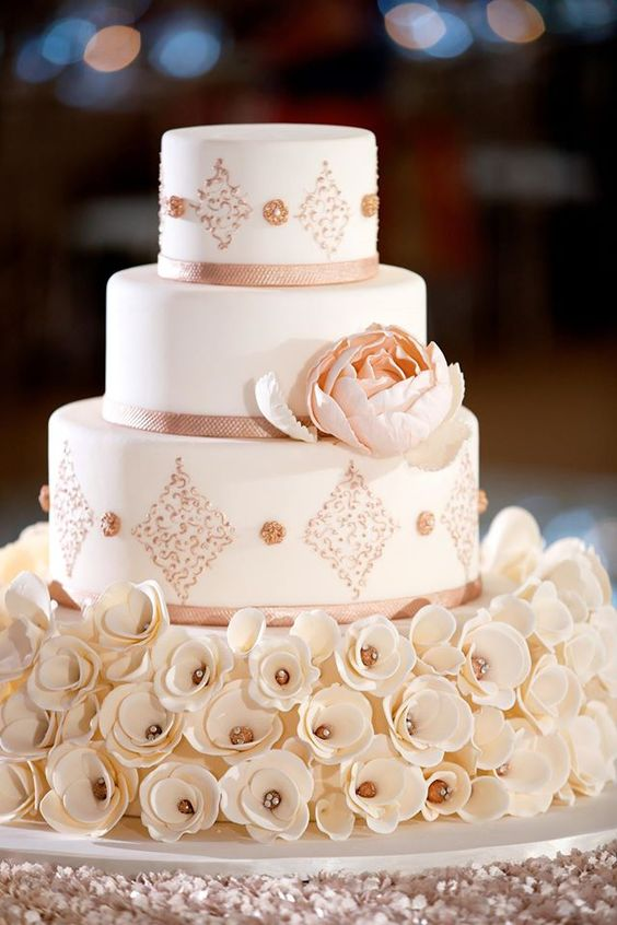 peach wedding cake gallery wedding cakes from beck cake design modwedding 18146