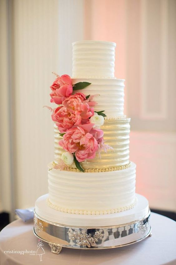 wedding-cakes2-7-01312016-km