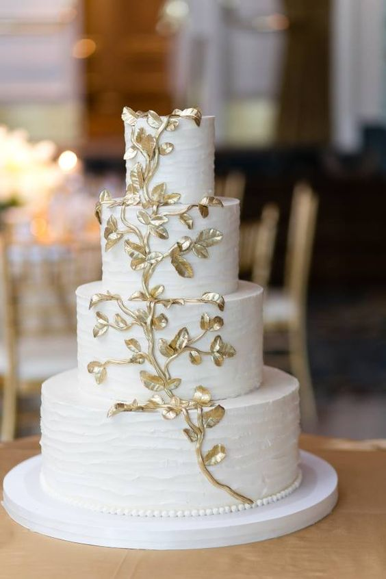 wedding-cakes2-8-01312016-km