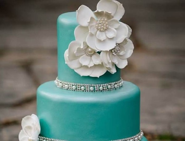 28 Gorgeous Wedding Cakes to Celebrate