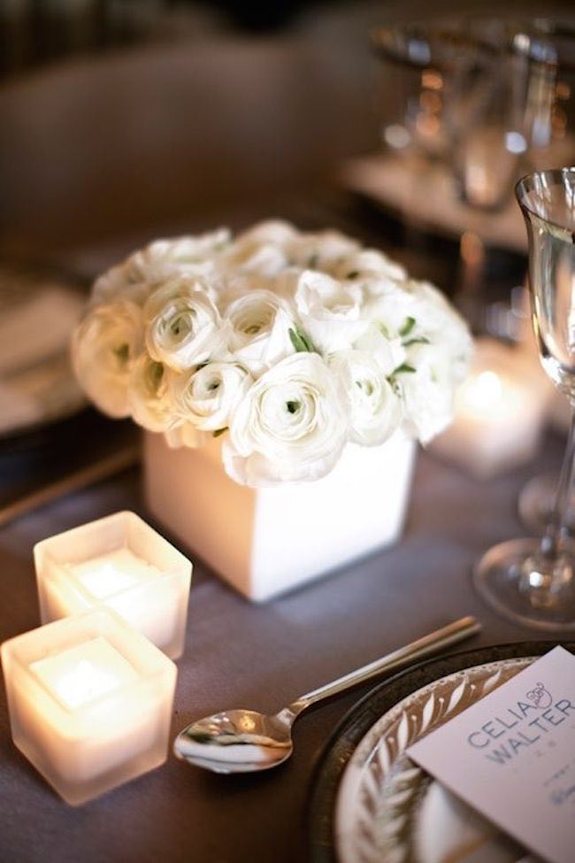 Romantic wedding centerpieces with ranunculus modwedding