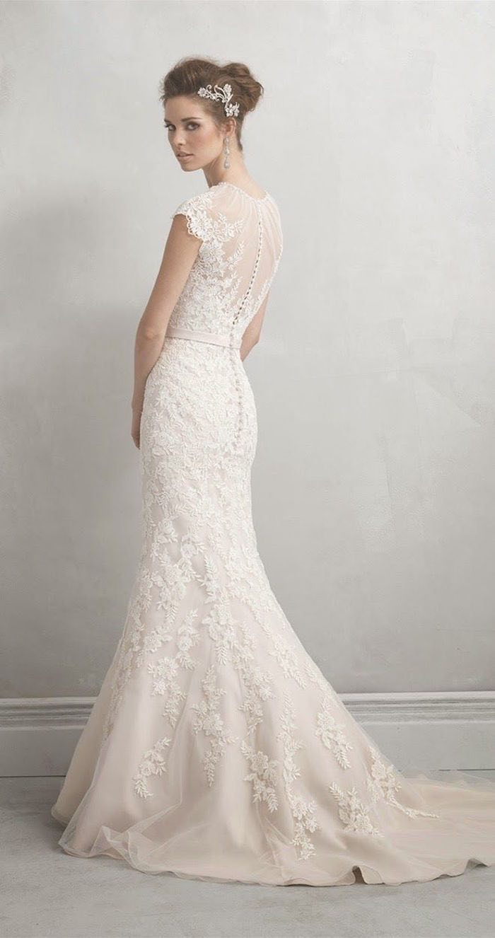 The Guide To Wedding Dress Rentals - MODwedding
