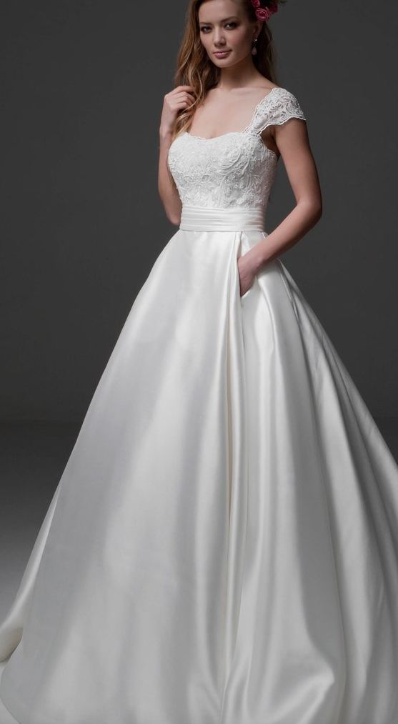 how much does a wedding dress cost wedding dresses 2 12012016 km 5