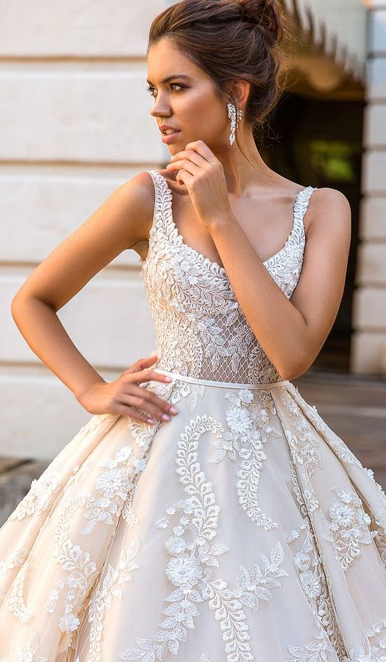 Sleeveless Scoop Neck Embroidery Embellished Wedding Dress - MODwedding