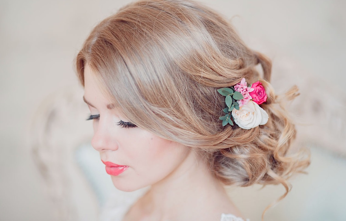 Key Questions to Ask Your Wedding Makeup Artist Before You Book It