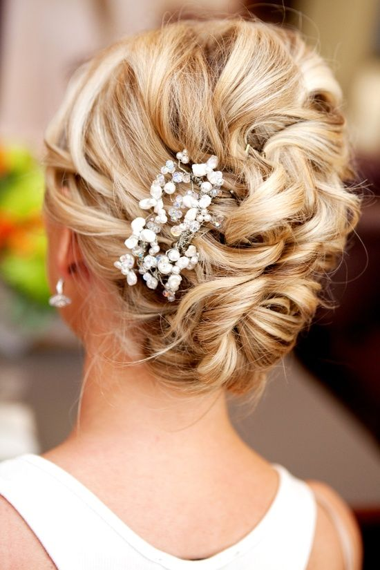 wedding-hairstyles-15-10232015-km