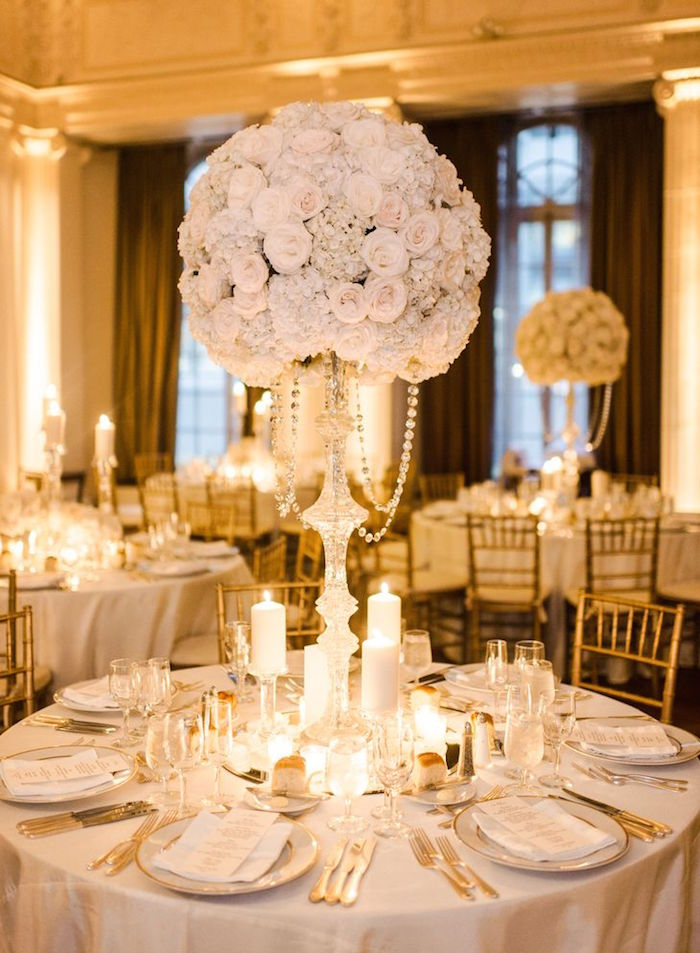 White wedding ideas with class and charm modwedding white wedding ideas 7 12222015 km junglespirit Gallery